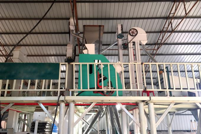 Grain Wheat Nuts Color Sorting Machine , Almond Color Separator Machine
